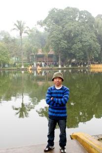 Ao cá Bác Hồ - Hà Nội