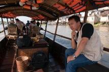 Trên dòng sông Tiền