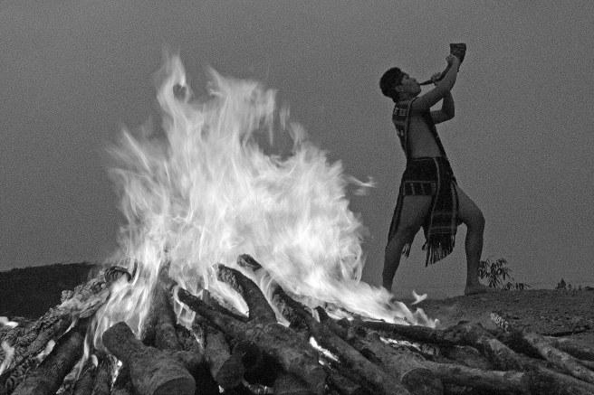 Lửa Thiêng Cao Nguyên - Ảnh triển lãm, Liên hoan ảnh nghệ thuật Đông Nam Bộ 2012